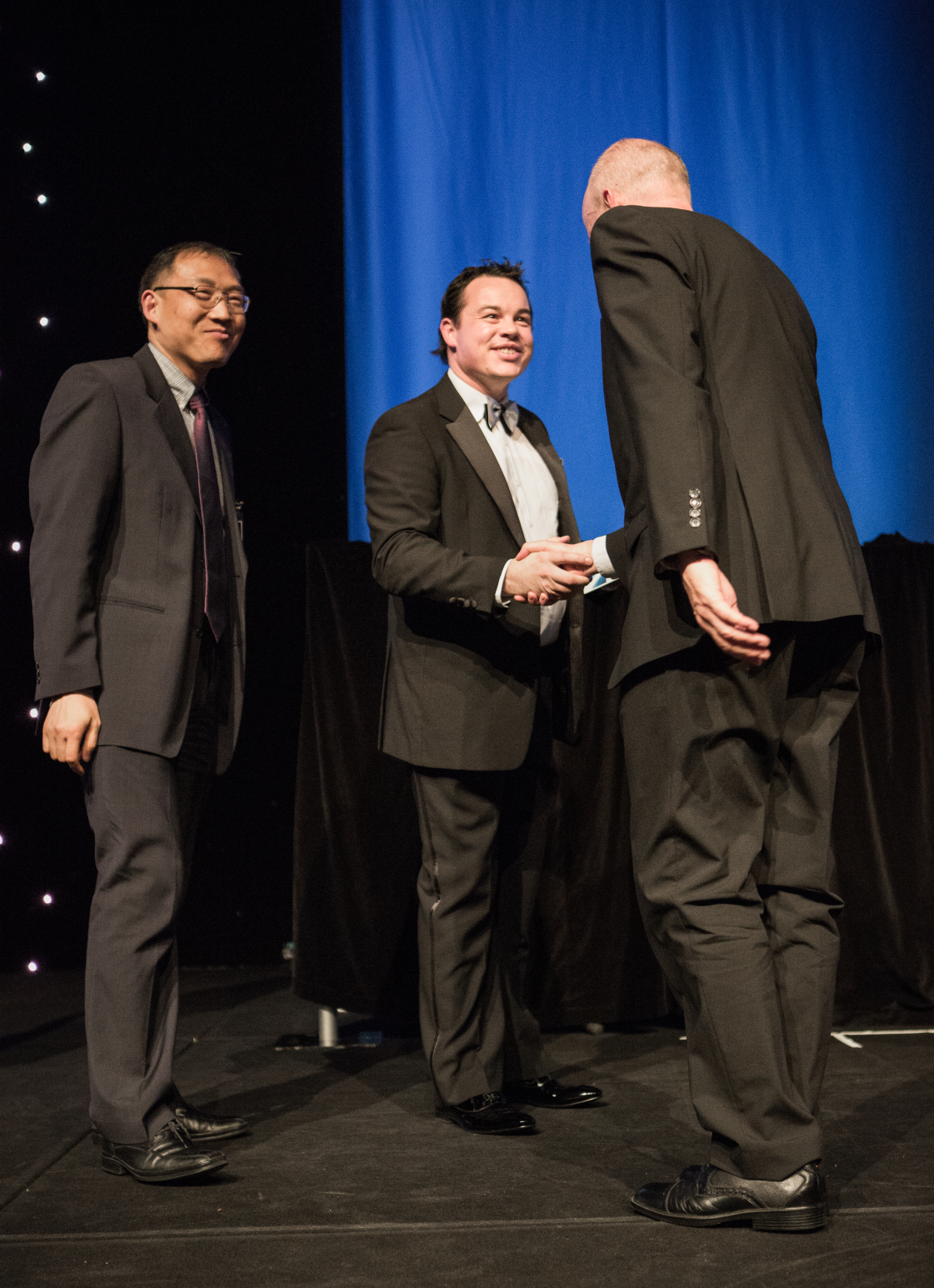 Dikai Liu (UTS:CAS) and Peter Mann (RMS NSW) receives the Merit Award for the Biologically Inspired Climbing Robot at the 2015 National iAwards.