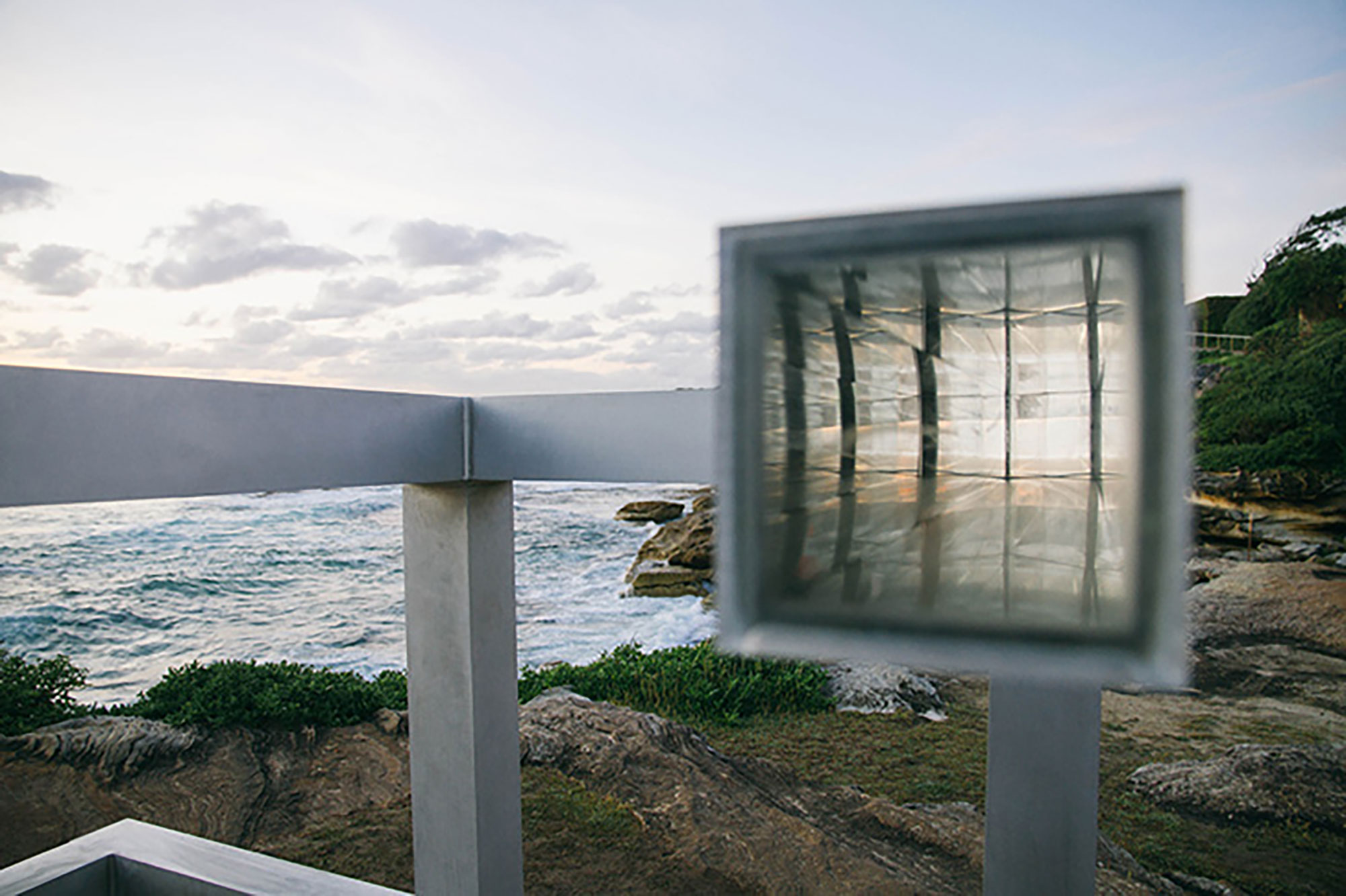 William Feuerman, OUTSIDE-IN, Sculpture by the Sea, Bondi, 2015