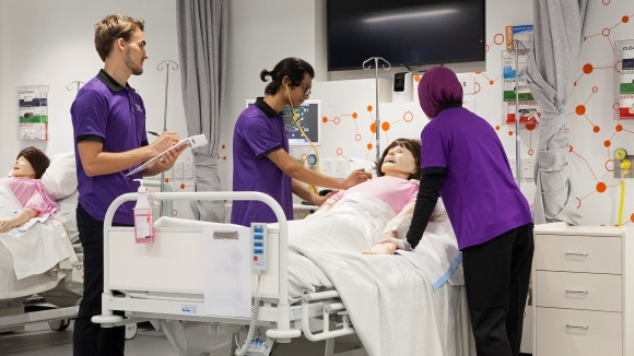 UTS Nursing Students in Clinical Lab