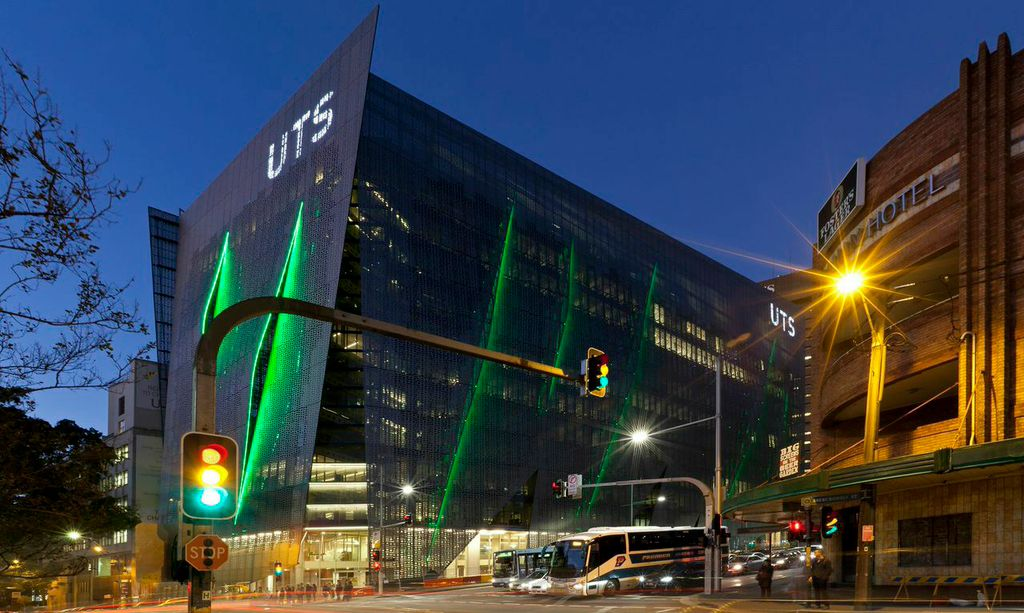 Photograph of UTS Building 11 from the corner of Broadway and Abercrombie Street