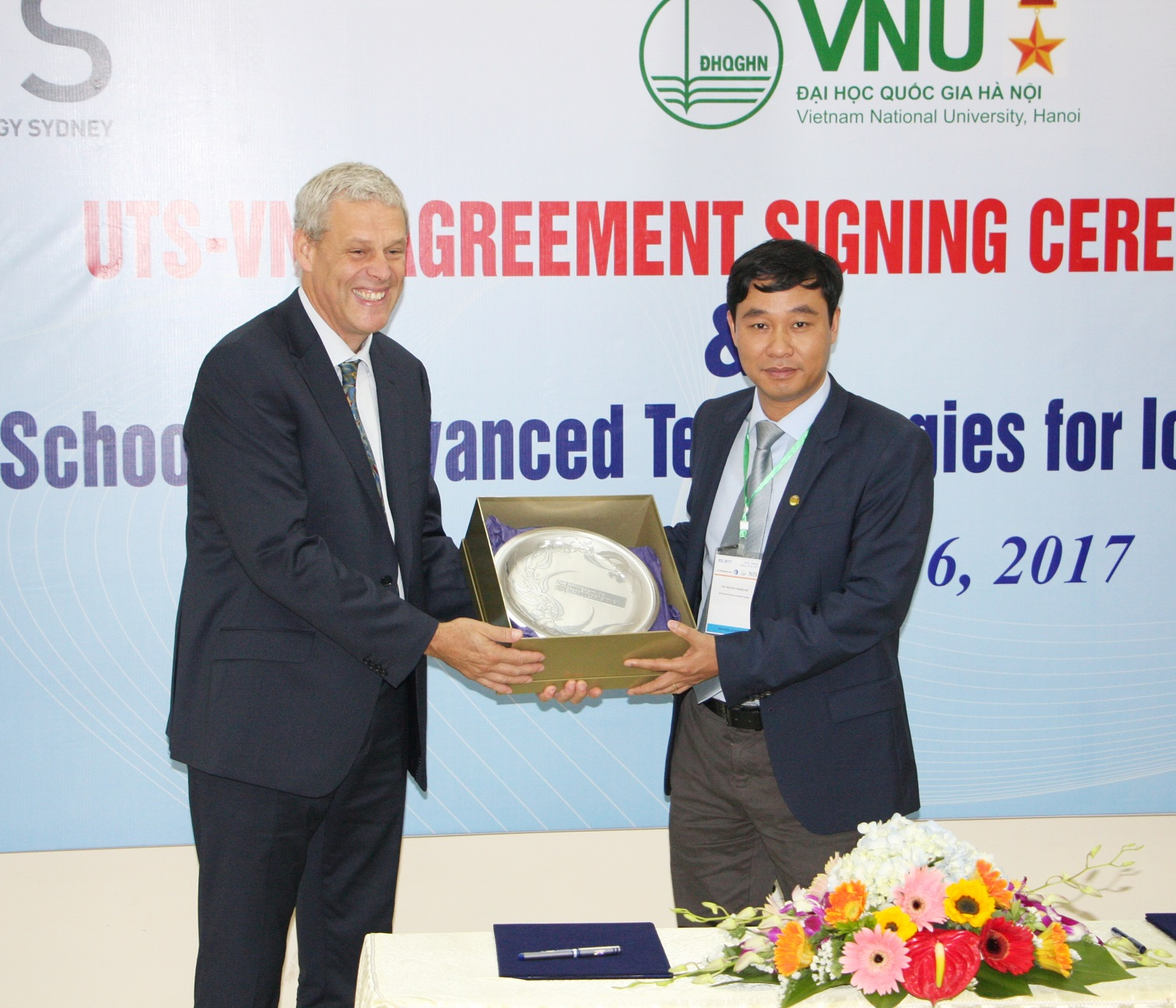 Official signing ceremony at VNU