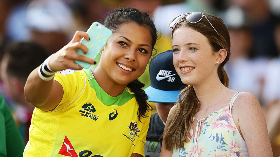 Tiana Penitani of Australia takes selfies with fans during the 2017 HSBC Sydney Sevens at Allianz Stadium on February 4, 2017 in Sydney, Australia.  (Photo by Matt King/Getty Images)