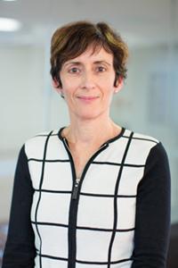 Fiona Orr recieves 2015 Australian Award for University Teaching