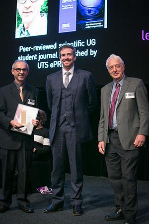 Dr Jurgen Schulte, Professor Attila Brungs with UTS Science Dean, Professor Bruce Milthorp