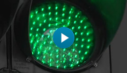A traffic light powered by green energy