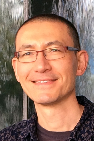 Photo of Professor Simon Buckingham Shum, Director of the UTS Connected Intelligence Centre