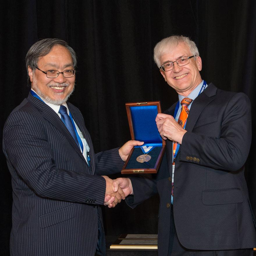 Rick Ziolkowski is presented with the IEEE medal