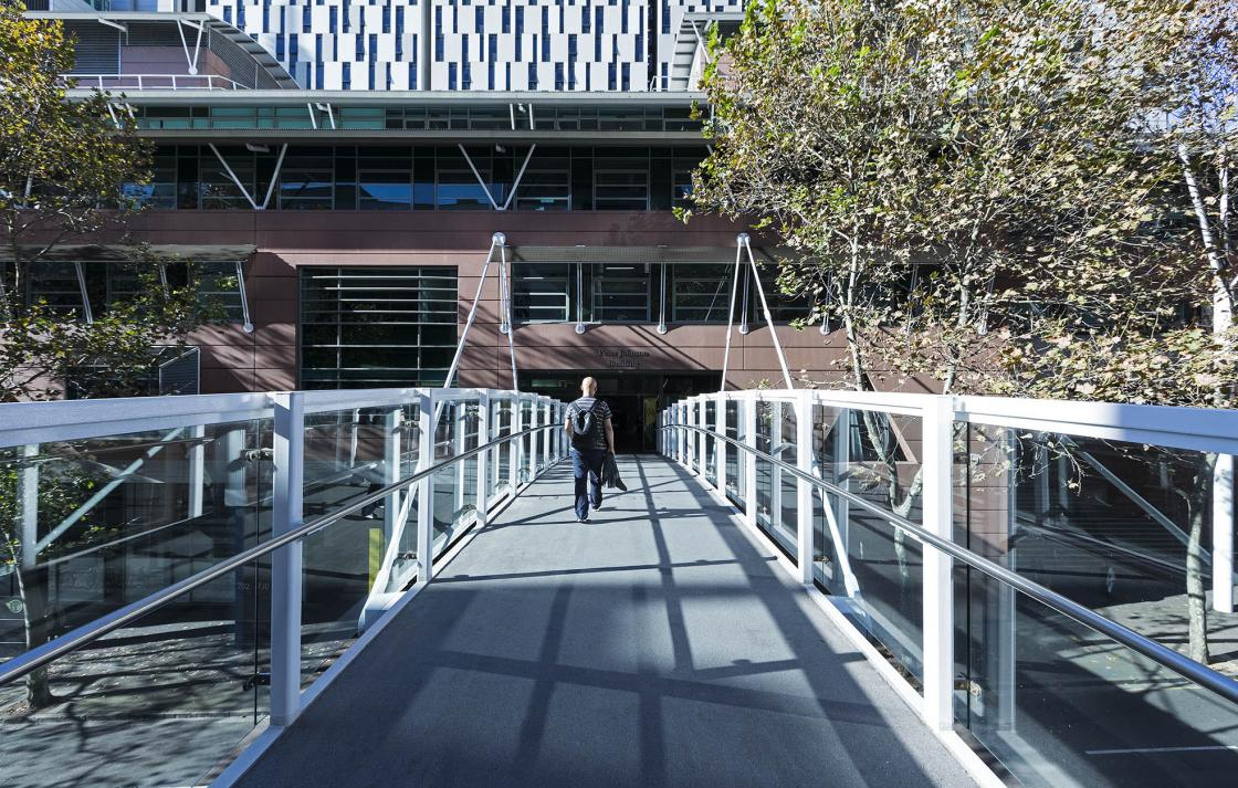 Harris St footbridge and Building 6