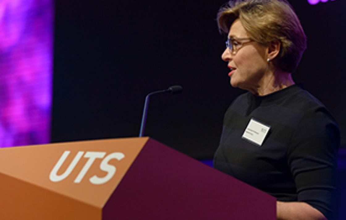 Associate Professor Joanne Gray