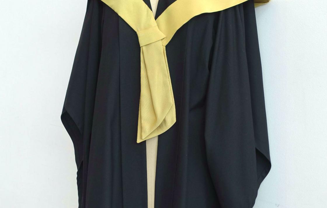 Academic Dress Photo Gallery   University of Technology Sydney