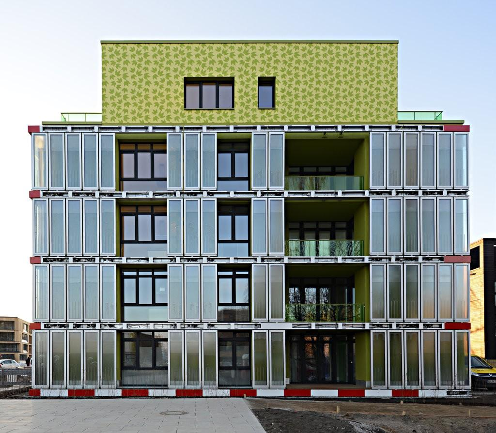 DAB Built Environment, staff project Feasibility of Algae Building Technology in Sydney