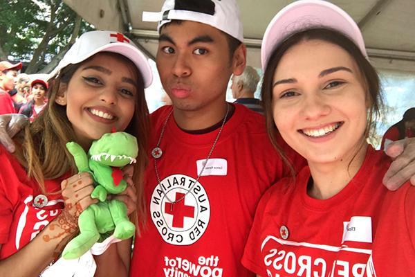 SOULies volunteering with Red Cross Australia.