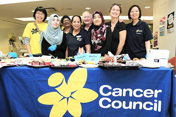 SOULies volunteering with the Cancer Council.