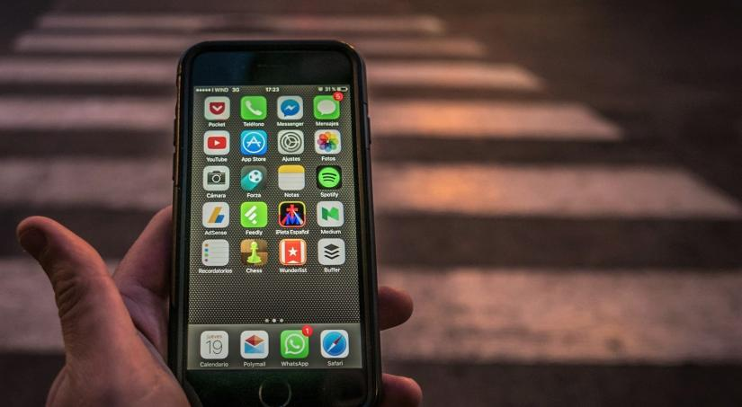 phone ridesharing app