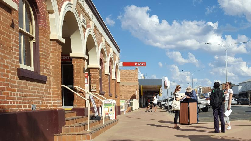 Narrabri town centre with students collecting research for the Climate Justice field trip