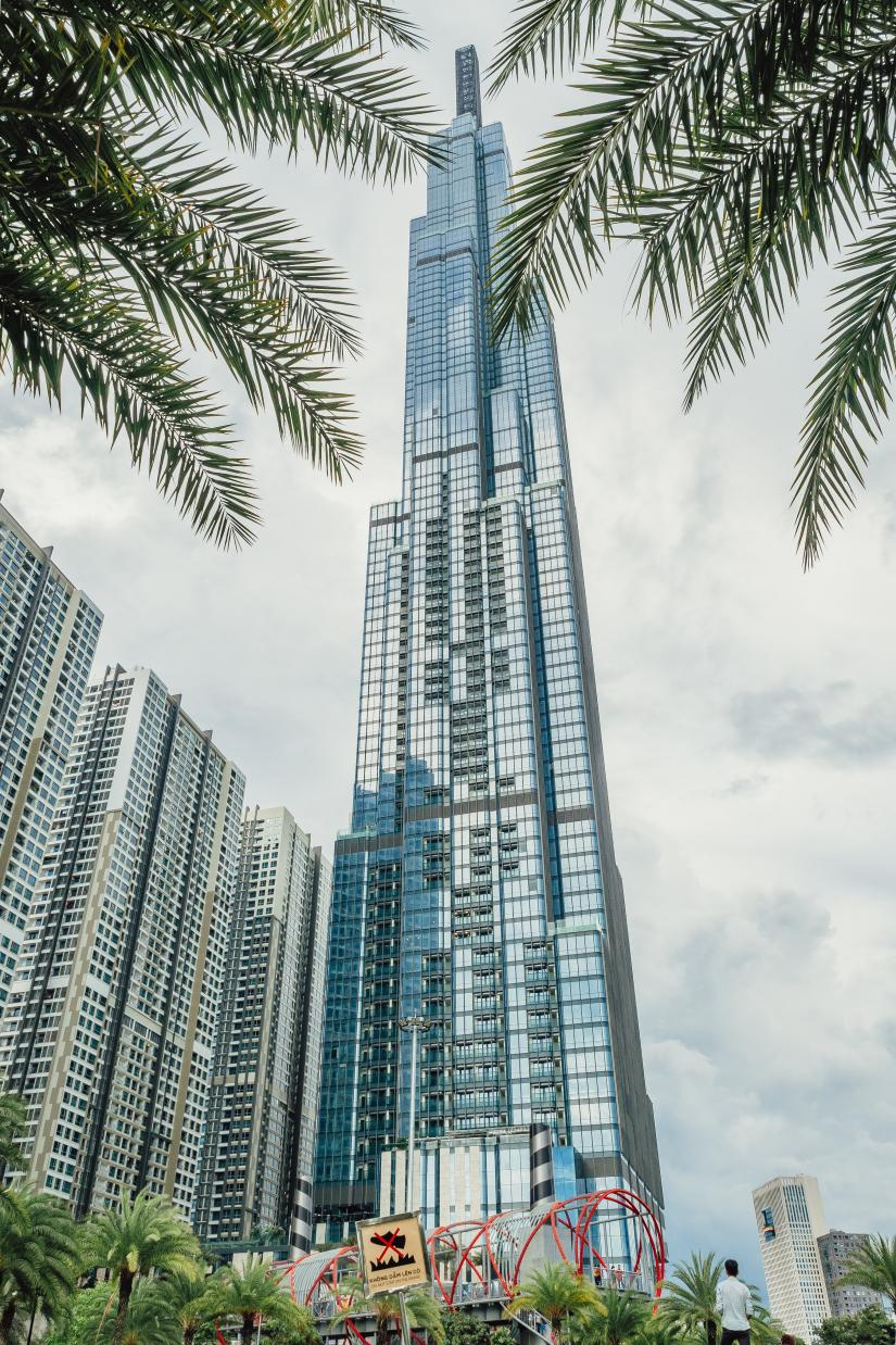 Photo from underneath the Landmark 81 building