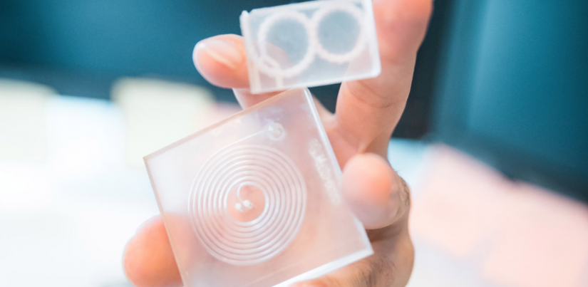 3D-printed microfluidic chips for rapid fluid mixing and cell separation. Photo by Shane Lo