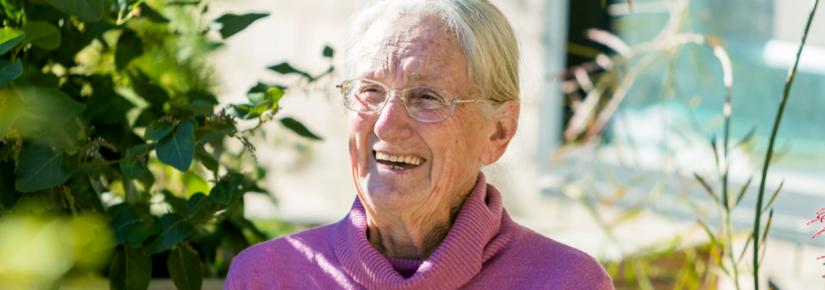Botanist and D'harawal elder Aunty Fran Bodkin