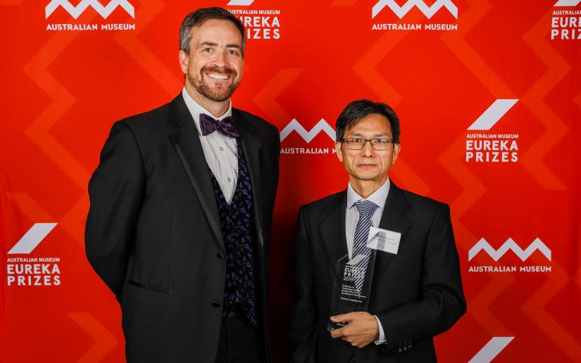 Vice-Chancellor Attila Brungs with Eureka Prize winner Professor Longbing Cao.