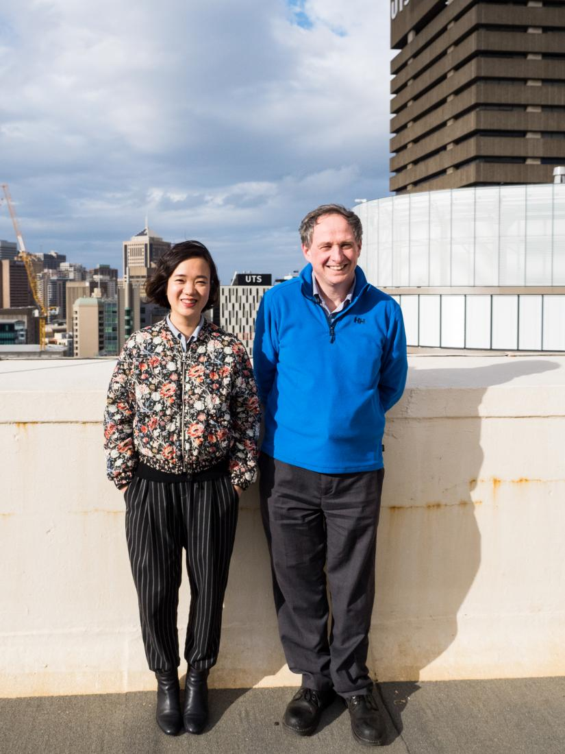 Photograph of Associate Professor Stuart Perry and visitor A/Prof Thi Nhat Thanh Nguyen