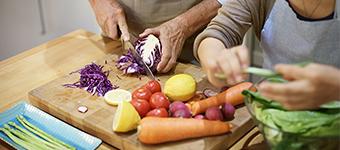 Older Australians preparing food