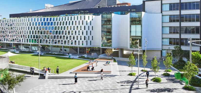 UTS campus and Alumni Green