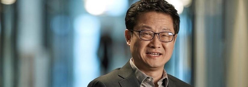 Distinguished Professor Dayong Jin