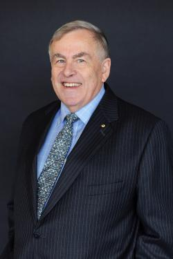Photo of UTS Council member Dr Ron Sandland, AM