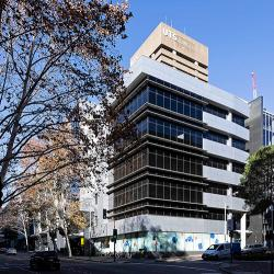The UTS science building has 5-storeys above ground, with large windows overlooking Harris and Thomas streets