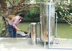 Simple safe water filtration system