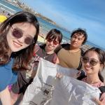 Yanlin Zhu with friends at Bondi beach for Clean Up Australia Day.