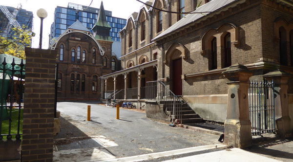 New site access to Blackfriars precinct
